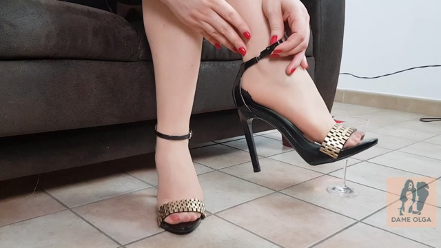 Watch Online Porn – So You Want to Cum Into My High Heel Sandals – Dame Olga's Fetish Clips (MP4, FullHD, 1920×1080)
