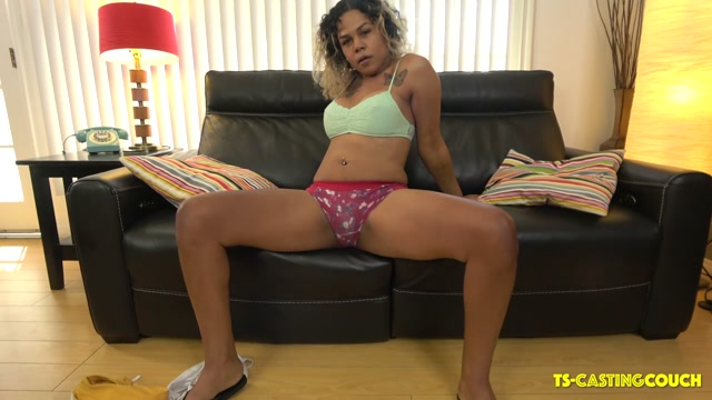 Watch Online Porn – TS-castingcouch presents Bootylicious Leah Debuts! – 14.09.2019 (MP4, HD, 1280×720)