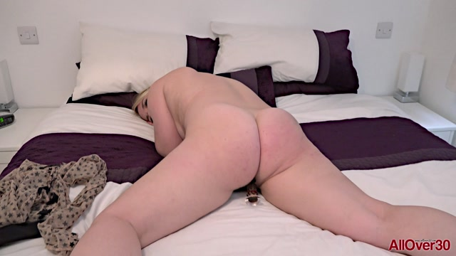 Watch Online Porn – Allover30 presents Olga Cabaeva 38 years old Ladies With Toys – 07.10.2019 (MP4, FullHD, 1920×1080)