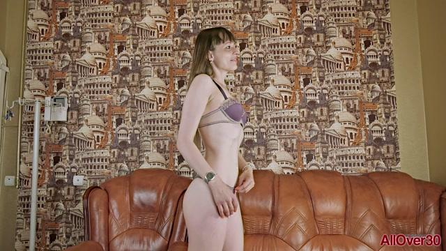 Watch Online Porn – Allover30 presents Preferita 30 years old Interview – 07.10.2019 (MP4, FullHD, 1920×1080)