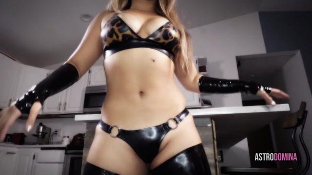 Watch Online Porn – Astrodomina – SEDUCTIVE EXTORTION (MP4, FullHD, 1920×1080)