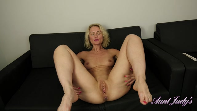 Watch Online Porn – AuntJudies presents Natie (MP4, FullHD, 1920×1080)
