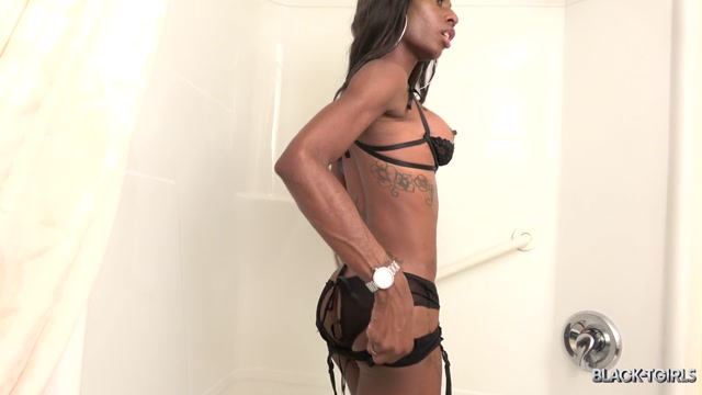 Watch Online Porn – Black-tgirls presents The Return Of Kewi! – 29.10.2019 (MP4, HD, 1280×720)
