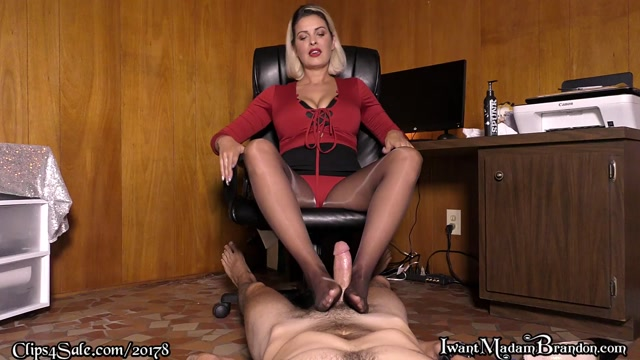 Watch Online Porn – Brandon Areana – Office Strokes (MP4, FullHD, 1920×1080)