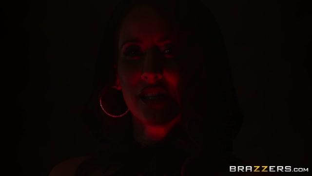 Watch Online Porn – Brazzers – HotAndMean presents Ariella Ferrera & Isis Love in MILF Witches Part 1 – 23.10.2019 (MP4, FullHD, 1920×1080)