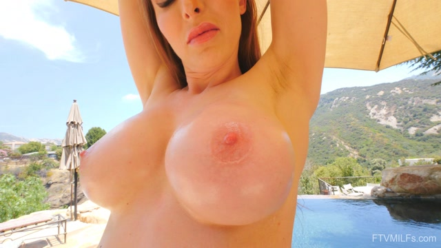 Watch Online Porn – FTVMilfs presents Brianna in Super Stunner – The Woman We Want 6 – 02.10.2019 (MP4, UltraHD/4K, 3840×2160)