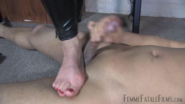 Femme_Fatale_Films_-_Ella_Kros_-_Feisty_Feet_Super_HD_Complete_Film.mp4.00015.jpg