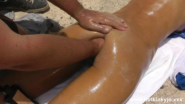 Watch Free Porno Online – Hotkinkyjo – Sensual anal fisting massage at public beach – updated at 15-06-2019 (MP4, FullHD, 1920×1080)