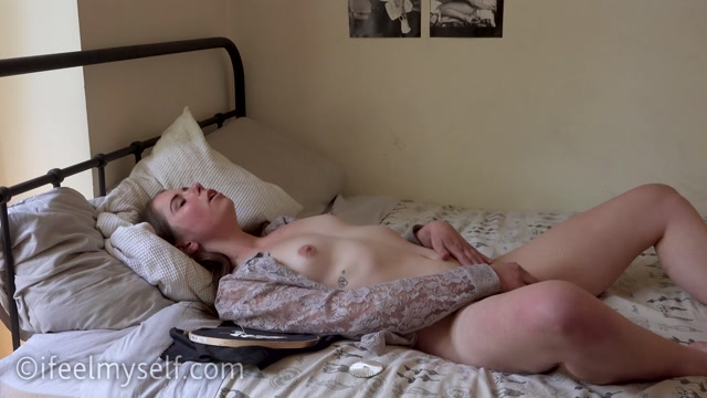 Watch Online Porn – IFeelMySelf presents 09.09.2019 slow fashion 1 by Natascha_B (MP4, FullHD, 1920×1080)