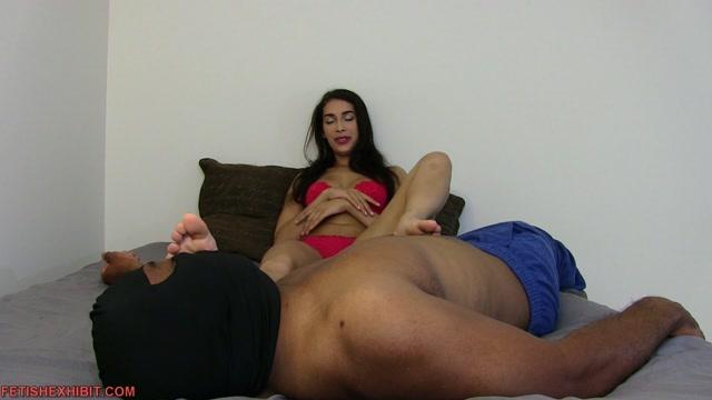 Watch Online Porn – Kitty's feet relieve excitement – FetishExhibit – Kitty Catherine (MP4, FullHD, 1920×1080)