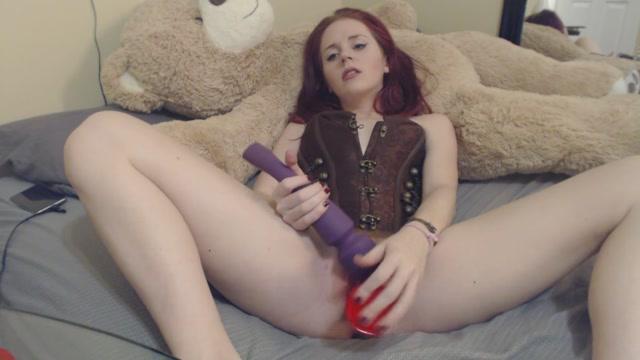 ManyVids_presents_Jessie_Wolfe_-_Watch_me_watch_porn_and_cumm.mp4.00010.jpg