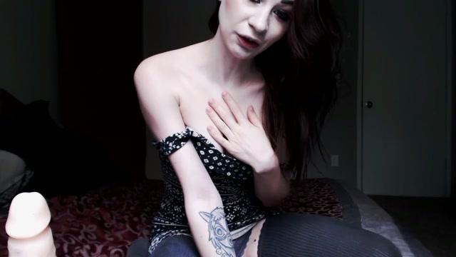 Watch Online Porn – ManyVids presents MissMoonMoon in 09 First JOI (MP4, HD, 1280×720)