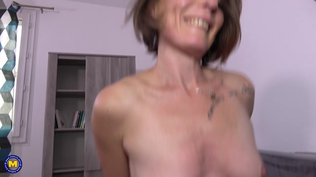 Mature.nl_presents_Anya__EU___39_.mp4.00010.jpg