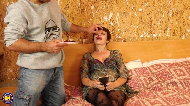 Watch Online Porn – Mature.nl presents Nicola S. (41) (MP4, SD, 960×540)