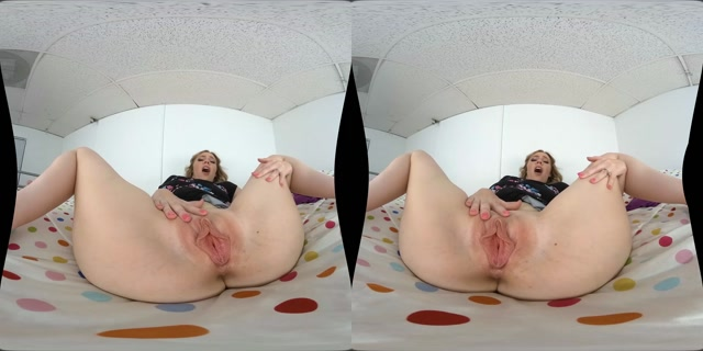 MilfVR_presents_Rebel_Rhyder_in_A_Check_Her_Ass_Can_Cash.mp4.00004.jpg