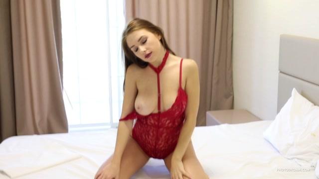Watch Online Porn – Photodromm presents – 2019.06.19 – Niemira – Secret Dary (MP4, HD, 1280×720)