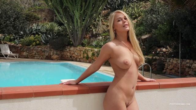 Watch Online Porn – Photodromm presents – 2019.08.17 – Darina – Violation 2 (MP4, HD, 1280×720)