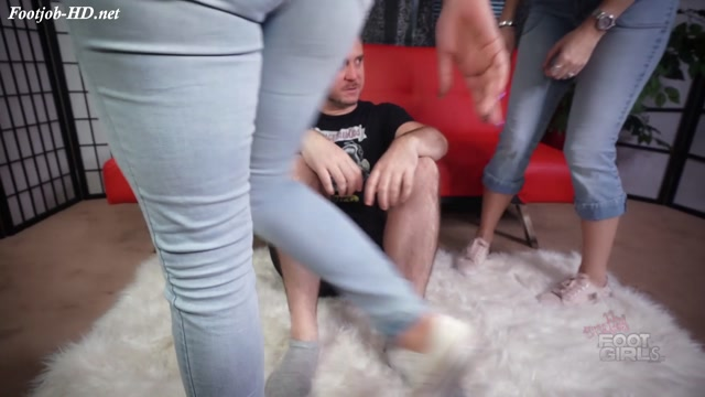 Vicky___Brandon_-_Stinky_feet_for_him_-_Bratty_Foot_Girls_-_Vicky_Vixxx__Brandon_Areana.mp4.00000.jpg