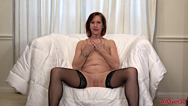 Watch Free Porno Online – Allover30 presents Lynn 60 years old Mature Pleasure – 23.11.2019 (MP4, FullHD, 1920×1080)