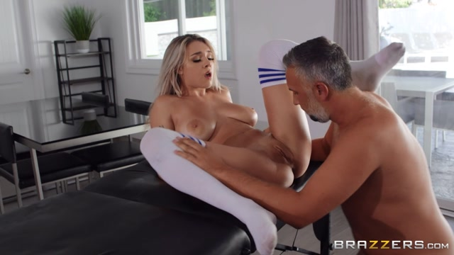 Watch Online Porn – Brazzers – DirtyMasseur presents Gabbie Carter in Looking To Let Loose – 08.11.2019 (MP4, FullHD, 1920×1080)