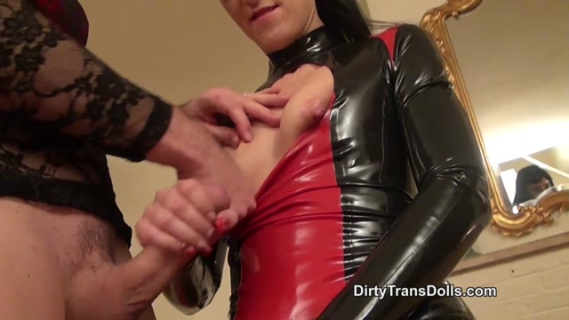 DirtyTransDolls_-_Real_kinky_couple_Complete_-_Fetish_Liza__Kinky_Natasha.mp4.00011.jpg
