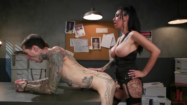 DivineBitches_presents_Snitch_Fuck_Lily_Lane_Fucks_the_Information_Out_of_Ruckus___19.11.2019.mp4.00007.jpg