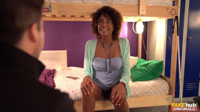 Watch Online Porn – FakeHubOriginals presents Luna Corazon in Fake Fantasy Senses – 30.11.2019 (MP4, FullHD, 1920×1080)