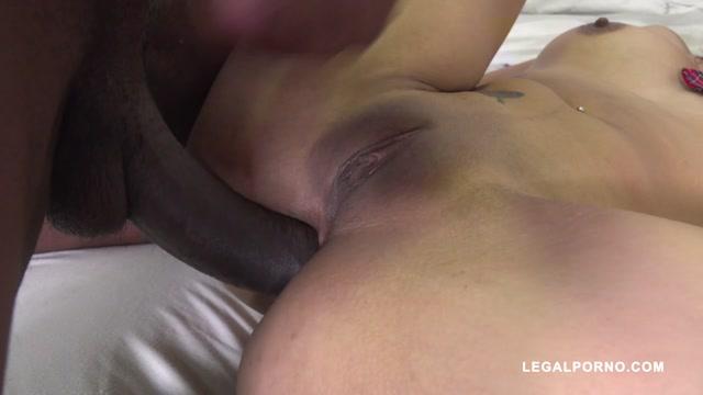Watch Free Porno Online – LegalPorno presents Marian Maldonado fucked by black bulls IV398 – 29.11.2019 (MP4, HD, 1280×720)