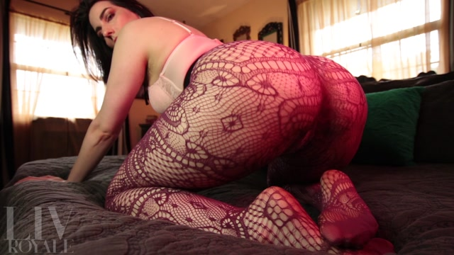 Watch Free Porno Online – Liv Royale – Ass Worship in Net Pantyhose (MP4, FullHD, 1920×1080)