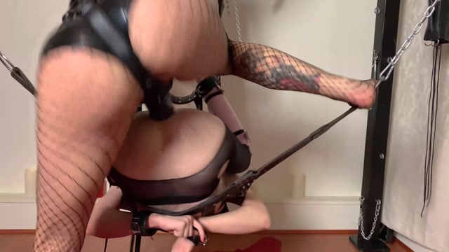 ManyVids_presents_Natalie_Mars___Mistress_Damazonia_in_Pulled_Pork___25.11.2019____19.99__Premium_user_request_.mp4.00014.jpg