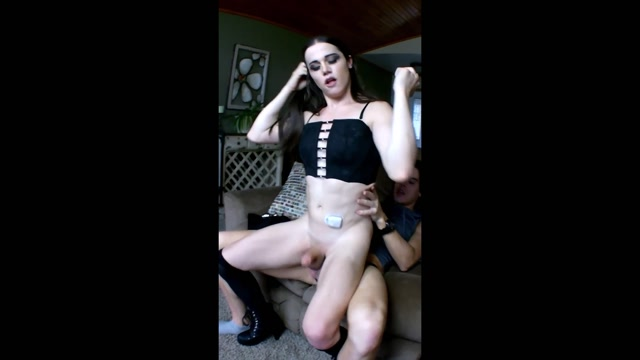Watch Online Porn – ManyVids presents Tia Tizzianni in LawnBoy FUCKS Nyxi Hard n HOT – $9.99 (Premium user request) (MP4, FullHD, 1920×1080)