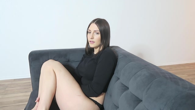 Watch Online Porn – Manyvids presents Lil_Olivia – living alone with daddy virtual bj (MP4, FullHD, 1920×1080)