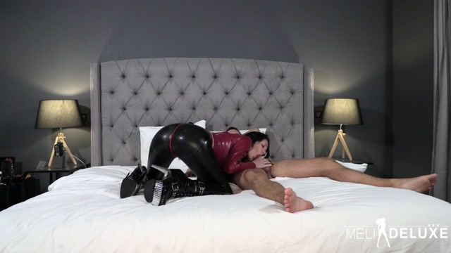 Latexschlampe