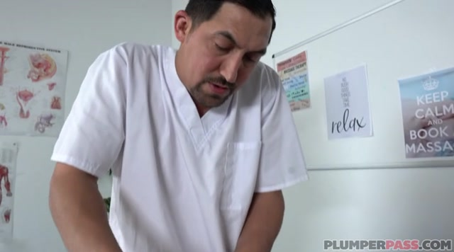Watch Free Porno Online – Plumperpass presents Genevieve LaFleur in Massive Massage – 08.11.2019 (MP4, SD, 720×400)