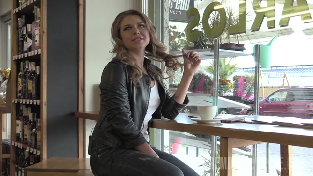 PremiumBukkake_presents_Jane_in_3_interview.mp4.00008.jpg