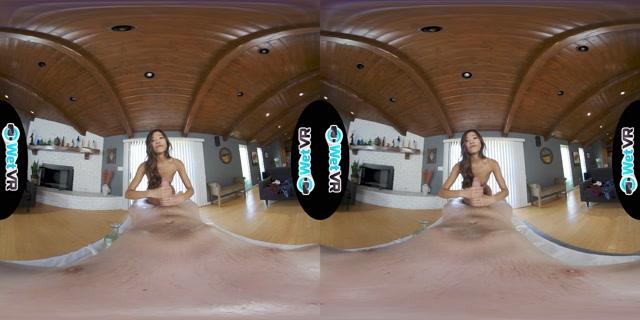 Watch Online Porn – WetVR presents Vina Sky Into her Garden (MP4, UltraHD/2K, 4096×2048)