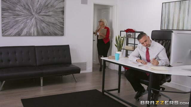 Brazzers_-_BigTitsAtWork_presents_Kylie_Kingston_in_The_Temp_s_Crush___18.12.2019.mp4.00001.jpg