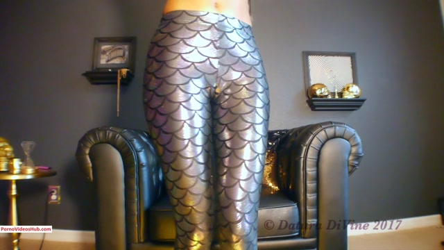 Iwantclips_presents_Goddess_Datura_DiVine_in_SPEND__Stupid__Cruel_Shiny_Slave_Mindfuck___Ripoff_Trigger____18.99__Premium_user_request_.mp4.00000.jpg