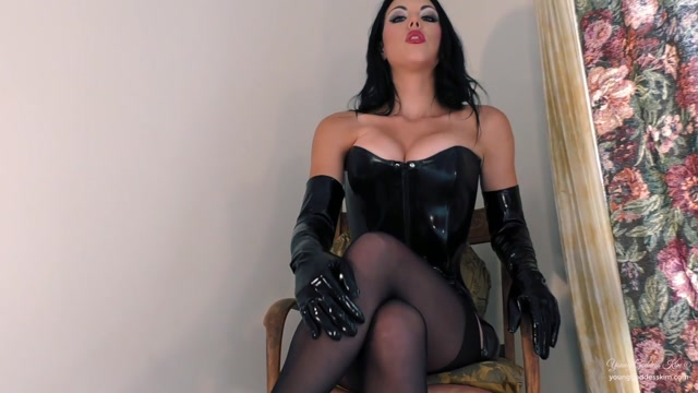 Iwantclips_presents_Young_Goddess_Kim_in_Alter_Ego____19.99__Premium_user_request_.mp4.00004.jpg