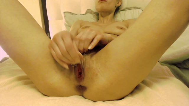 NatusAmare_stretching_my_loose_pussy_and_ass.mp4.00002.jpg