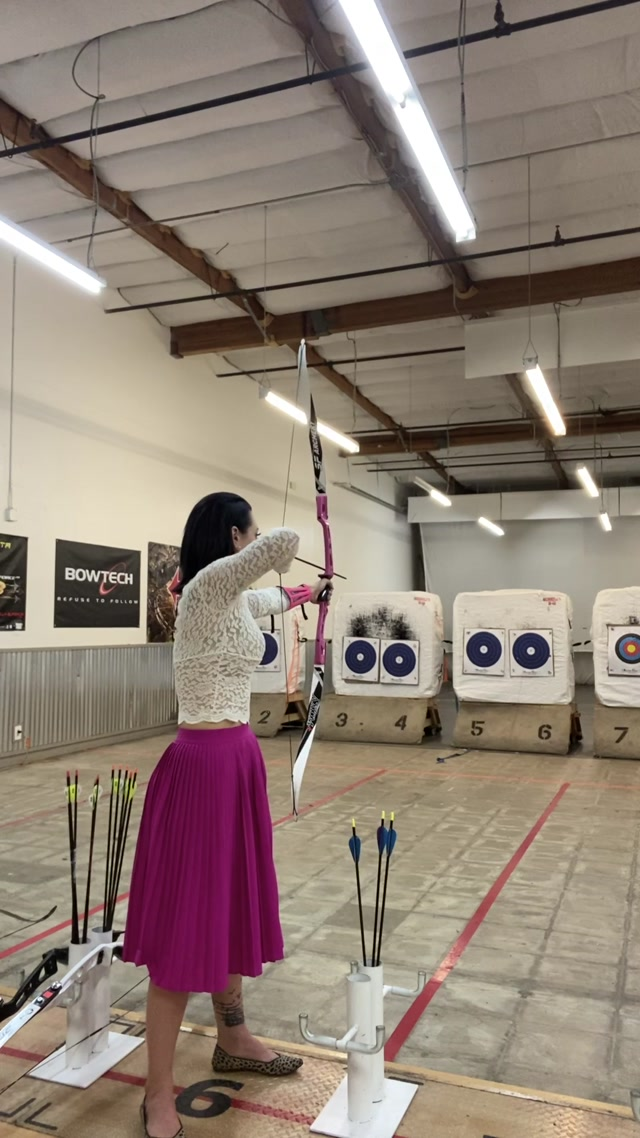 Watch Online Porn – OnlyFans presents London Lix in 2019-10-22 So, archery was insanely fun. Here's me dressed like (MP4, UltraHD/2K, 1080×1920)