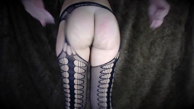Watch Online Porn – Secret Girlfriend – Booty Shaking Butt And Legs Tease (MP4, HD, 1280×720)