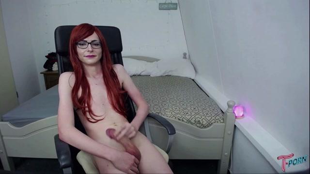 T.porn_presents_Ariana_Larssen_Redhead_Cumpilation.mp4.00012.jpg