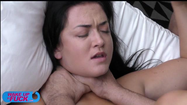 Watch Online Porn – WakeUpNFuck presents SOFIA DE BUM in WUNF 293 (MP4, FullHD, 1920×1080)