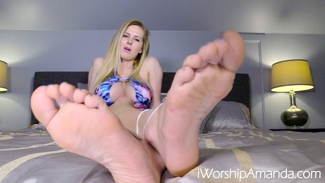 Worship_Amanda_-_Get_High_for_My_Feet.mp4.00007.jpg