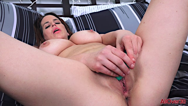 Watch Free Porno Online – Allover30 presents Lauren James 36 years old Ladies With Toys – 16.01.2020 (MP4, FullHD, 1920×1080)