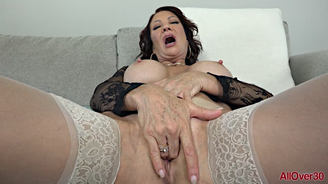 Watch Online Porn – Allover30 presents Vanessa Videl 56 years old Mature Pleasure – 02.01.2020 (MP4, FullHD, 1920×1080)
