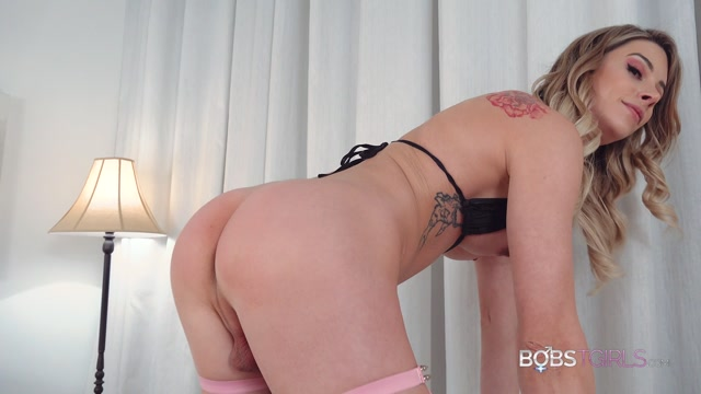 Watch Online Porn – Bobstgirls presents Casey Kisses Long Legs Long Cock – 04.01.2020 (MP4, FullHD, 1920×1080)