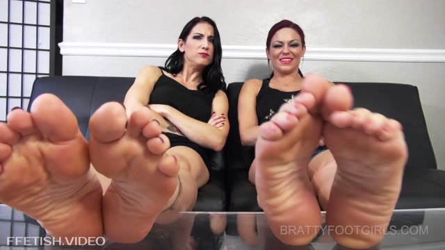 Watch Online Porn – Brattyfootgirls – Raven and Sarah Humiliate you at their feet! (MP4, FullHD, 1920×1080)