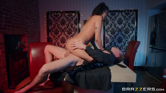 Watch Online Porn – Brazzers – RealWifeStories presents Marina Maya in Late Date – 04.01.2020 (MP4, FullHD, 1920×1080)